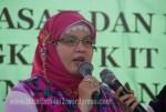 Ibu Ratna Kepala Sekolah Periode 2006 - 2012